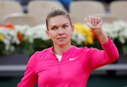 Halep pulls out of Dubai Tennis Championships with back issue