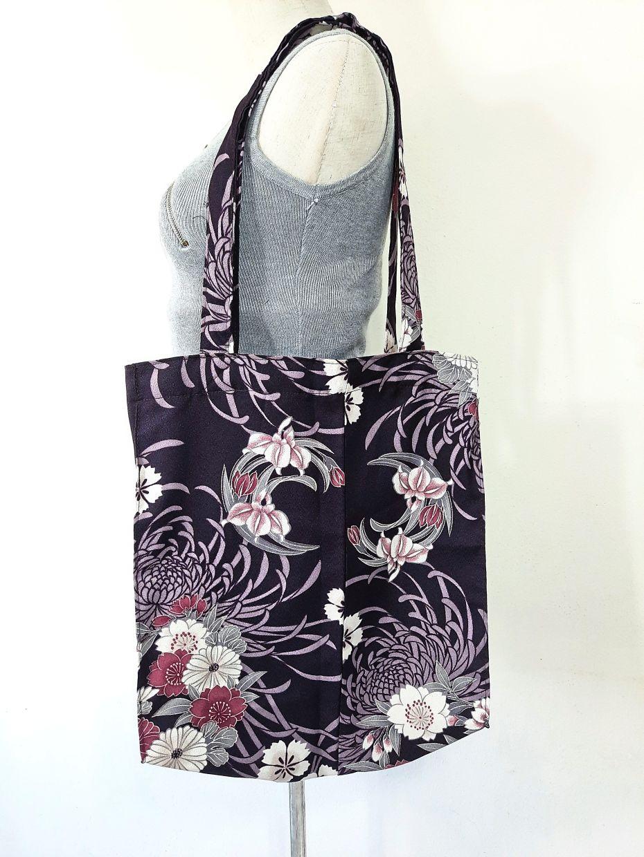 A kimono material tote bag.