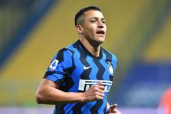 Forgotten man Sanchez sends Inter six points clear at top