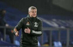 Solskjaer dismisses talk of Man Utd slump ahead of derby
