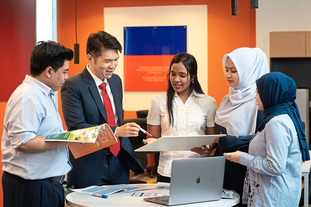 At Taylor's University, students will be mentored on their entrepreneurial ideas through the university's own start-up accelerator and incubator BizPod, which provides students a fully equipped central workspace, seed funding opportunities, mentoring, and training for free.
