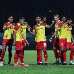 Red Giants off to a winning start in Super League