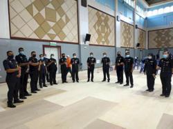 Sabah cops receive Covid-19 vaccine jabs