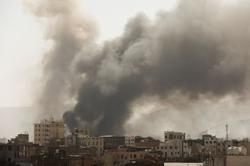 Saudi-led coalition launches air strikes on Yemeni capital after foiling drone attacks