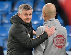 Solskjaer hails Martial and Shaw after Man United derby win