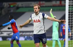 100 goals not bad for a negative team, says Tottenham boss Mourinho