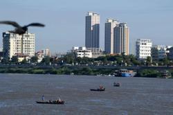 Cambodia's dwindling fish stocks put spotlight on changing rivers