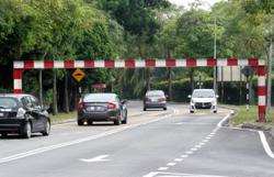 Not again: Lorry crashes into height barrier along Jalan Usaha, USJ 16, Subang Jaya
