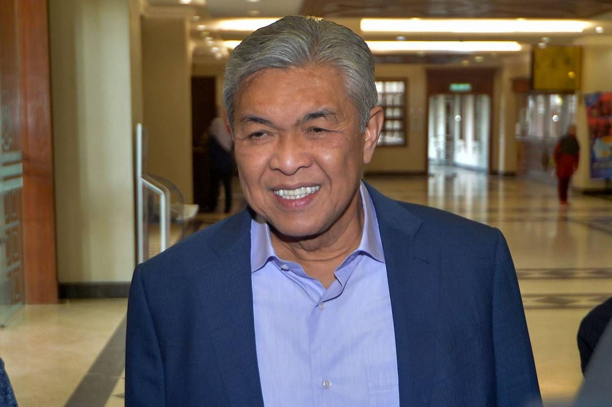 Zahid asked for RM10mil donation from S'porean businessman, says witness    The Star