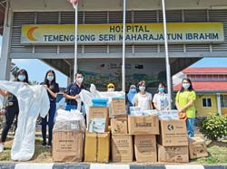 Associations raise RM15,000 for healthcare frontliners