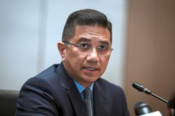 Azmin files to strike out lawsuit by Gombak voters