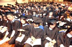 Firms keen to hire grads