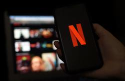Netflix may be moving to stop users sharing passwords