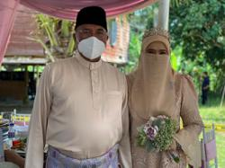 Former IGP Fuzi gets married
