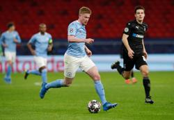 Manchester City stroll past Moenchengladbach into Champions League quarters