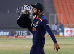 Cricket-Kohli leads from front, India clinch T20 series against England