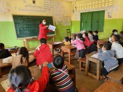 Laos education ministry monitoring closely country's new curriculum