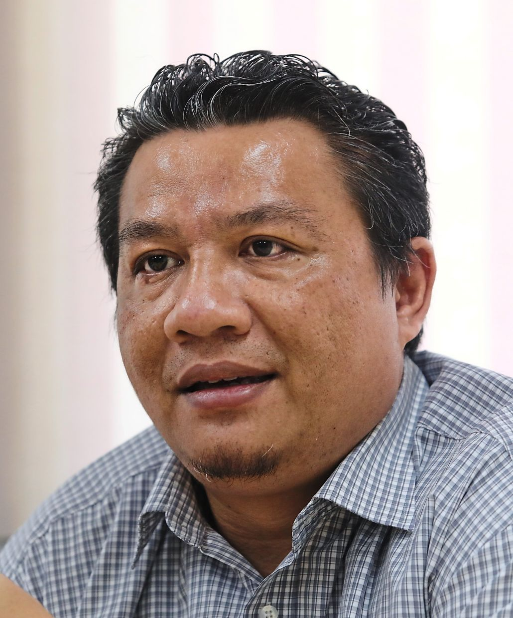 Mohd Radzi is collecting data from Car Medic  on the recovery rate  for end-of-life vehicles.