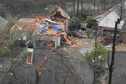 At least 5 killed as tornadoes rip through Alabama, destroying homes