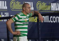 Celtic captain Brown to join Aberdeen as player-coach
