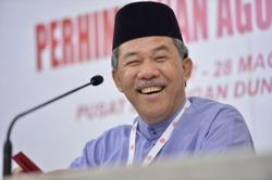 Who's Umno's choice to be PM? 'Me', jokes deputy president Tok Mat