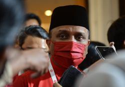 Umno supreme council makes the major decisions, Ku Li's opinion his own, says Reezal