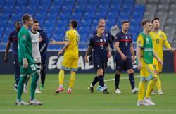 Soccer-Dembele inspires France to 2-0 win in Kazakhstan