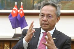 """Johor Bersatu to discuss """"egg sitting on the tip of a horn"""" remarks by Mentri Besar"""