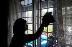 Foreign domestic helpers with work permits can return to work in Malaysia, says Ismail Sabri