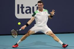 Tennis-Bautista Agut ousts Medvedev to guarantee new ATP Masters champion