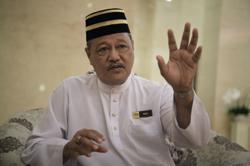 After 40 years of service, Rusli bids fond farewell to Istana Negara