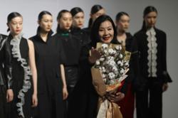 'Xinjiang cotton' issue dominates the runways of China Fashion Week