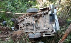 Five church members lightly hurt after 4WD plunges into ravine in rural Sarawak