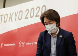 Tokyo 2020 chief: will seek early decision on torch relay in Osaka