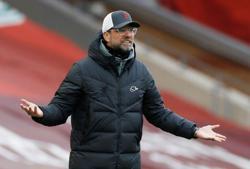 Soccer-Liverpool's Klopp surprised by Alexander-Arnold's England snub
