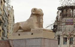 Egyptian mummies paraded through Cairo on way to new museum