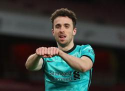 Jota double helps Liverpool romp to win at Arsenal