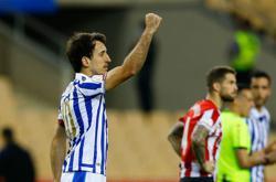 Soccer-Real Sociedad edge Athletic Bilbao to win Copa del Rey final