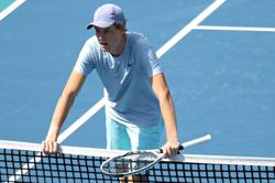 Tennis-Teenage Miami finalist Sinner blends tranquillity, talent to keep rising