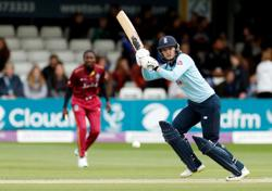 Cricket-Former England women's stumper Taylor signs up for The Hundred