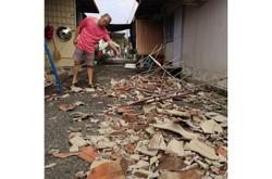 Freak storm hits Alor Setar neighbourhood, roofs of several houses damaged
