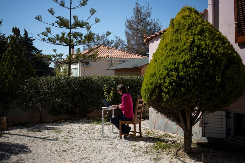Image Sun, sea and cybernauts: the long road for Greece's digital nomads