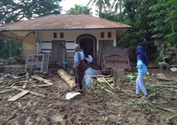 Horror in Indonesia: 'Suddenly we heard people scream: Flood!'