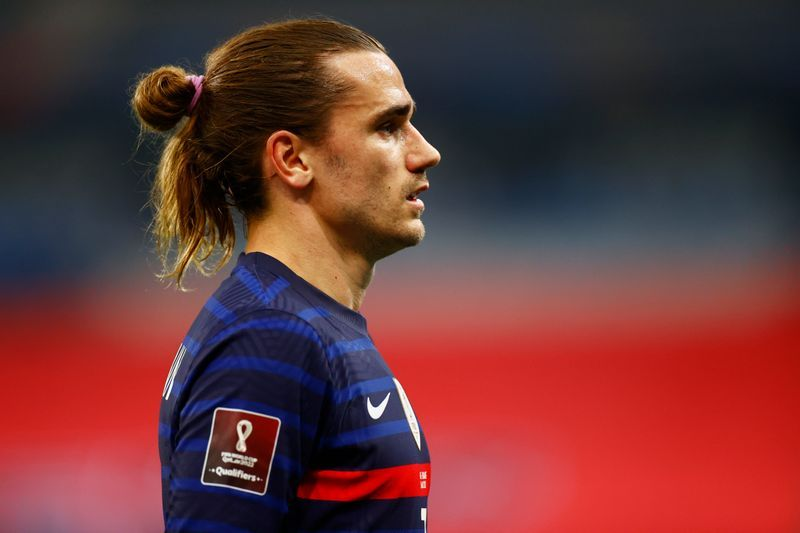Football Griezmann Welcomes Third Child On Same Day As Siblings The Star