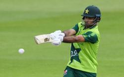Cricket-In-form Fakhar leads Pakistan to ODI series win v S Africa