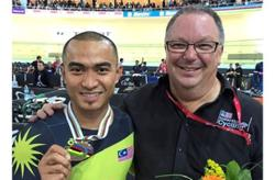 Azizul and Shah Firdaus hail Beasley as a father figure on his birthday