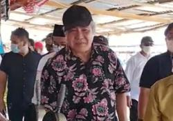 Sarawak DCM to pay fine after viral video shows him without a mask in public