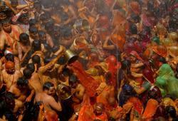 Rallies, religious gatherings aggravate India's worst COVID-19 surge