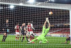 Holes earns Slavia Prague precious draw at Arsenal