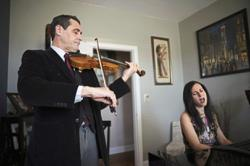 Musician couple in New York raises money for food pantry with home concerts